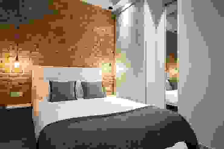 Modern Bedroom by Time2dsign Modern