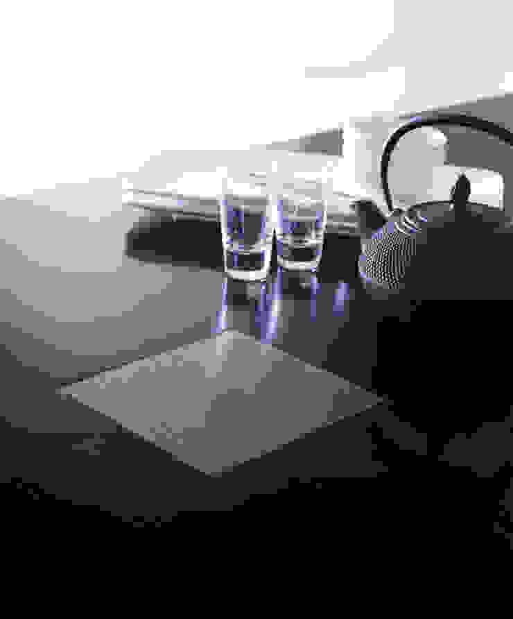 Canton Dining Table de LOMBOK Asiático