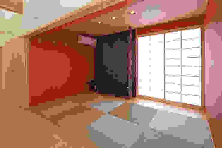 多目的和室スペース モダンデザインの 多目的室 の bound-design モダン