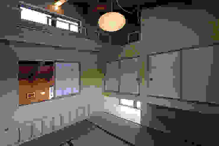 遊び心のある和室 モダンデザインの 多目的室 の 一級建築士事務所 クレアシオン・アーキテクツ モダン