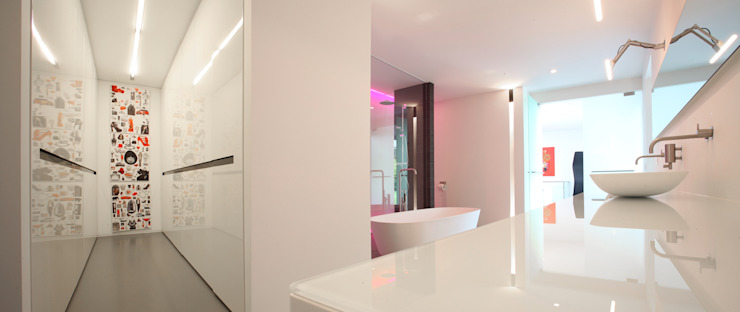 Bathroom by Lab32 architecten, Modern