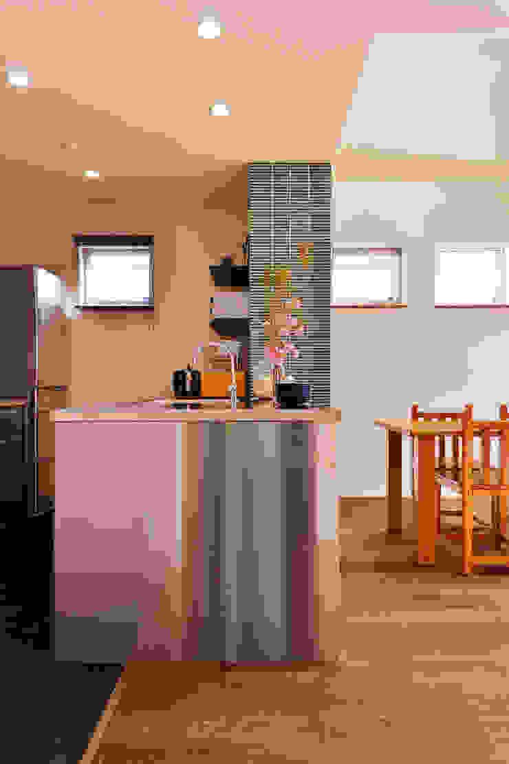 【新築】光がいっぱい ぼくらの sweet home.: 株式会社スタイル工房が手掛けた折衷的なです。,オリジナル