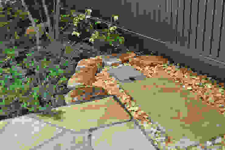 既存水栓の処置 オリジナルな 庭 の 新美園 オリジナル