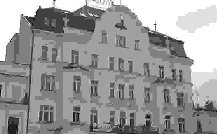 Rynek 20 Cieszyn Apartament Cesarski od Architektura Wnętrza Nowoczesny