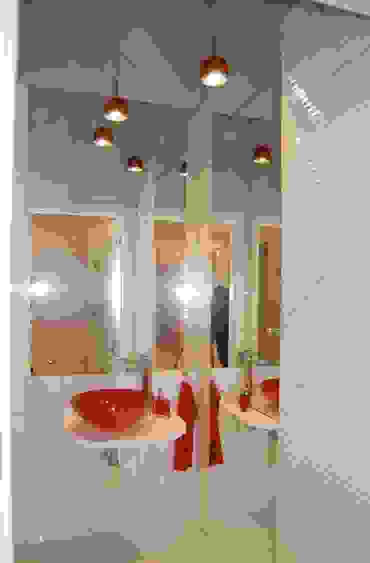Apartament Cesarski Nowoczesna łazienka od Architektura Wnętrza Nowoczesny