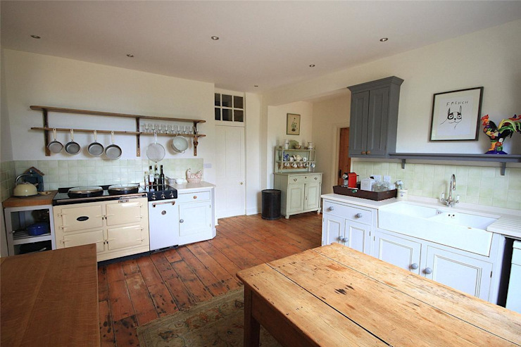 Country House in Tenterden Cocinas rurales de Bandon Interior Design Rural