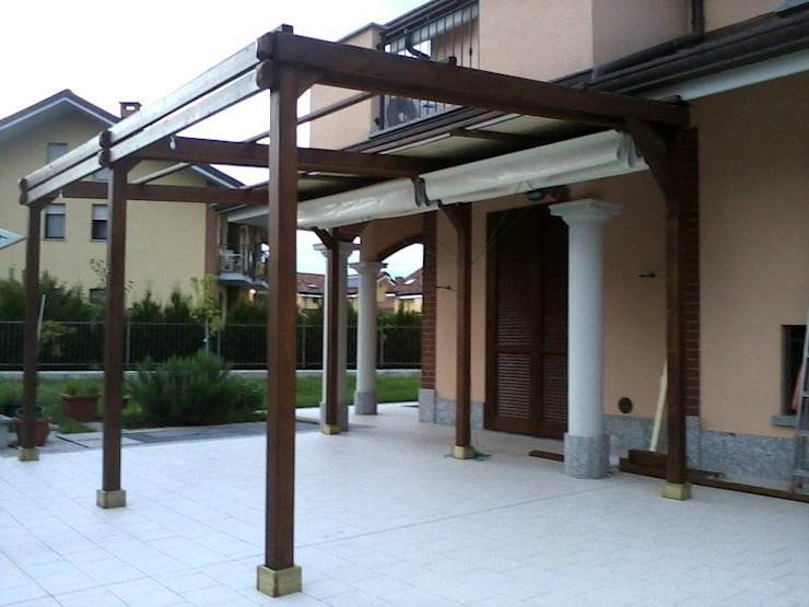 Klasik Balkon, Veranda & Teras Zuhause Claudio Molinari Klasik