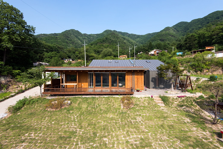 Seo-Kyeong-Dab-Ka (西景答家) من KAWA Design Group حداثي