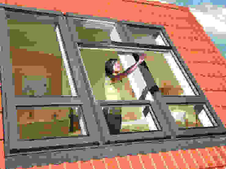 rustic  by Fakro Pivot Çatı Pencereleri, Rustic
