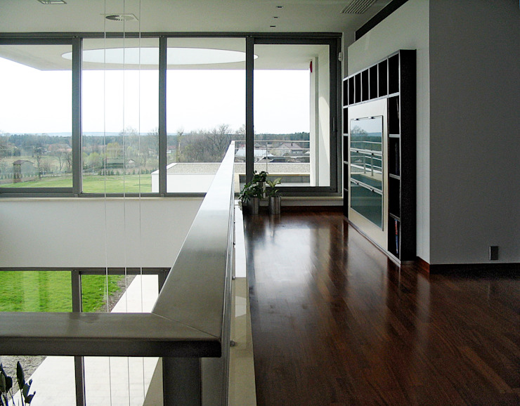 Minimalist corridor, hallway & stairs by MAŁECCY biuro projektowe Minimalist