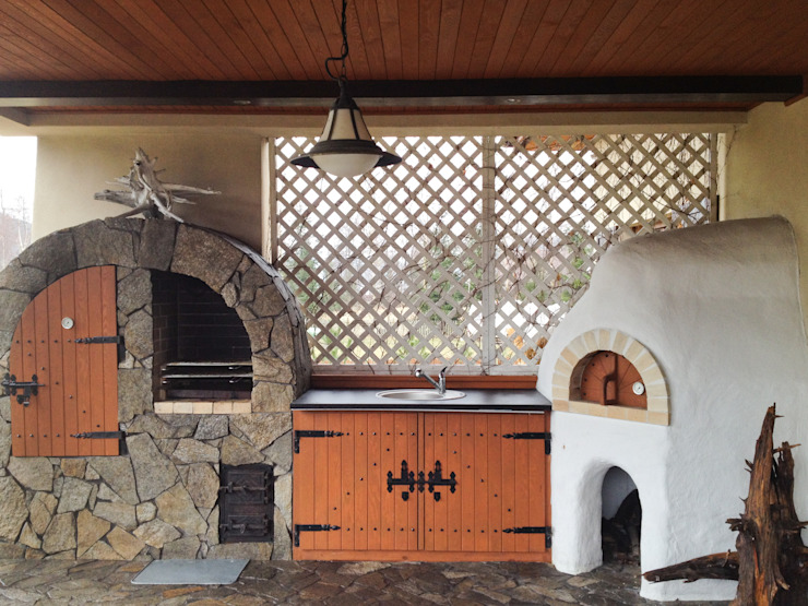 Rustic style balcony, veranda & terrace by DF Interior Rustic