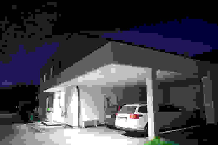 Nordwesten Minimalistische Häuser von room architecture Minimalistisch