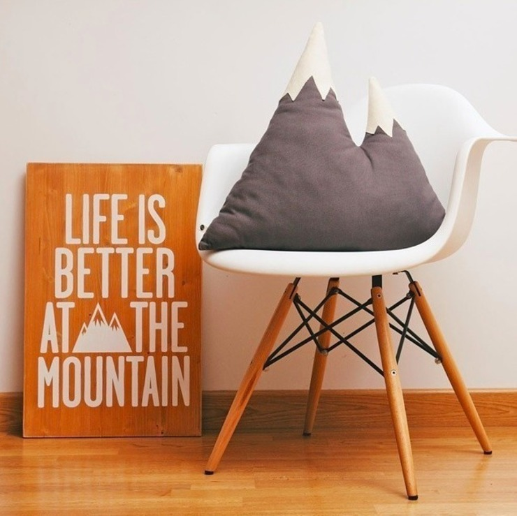 Woody L - Life is better at the mountain - Brown Miss Wood Paredes y pisosCuadros y marcos
