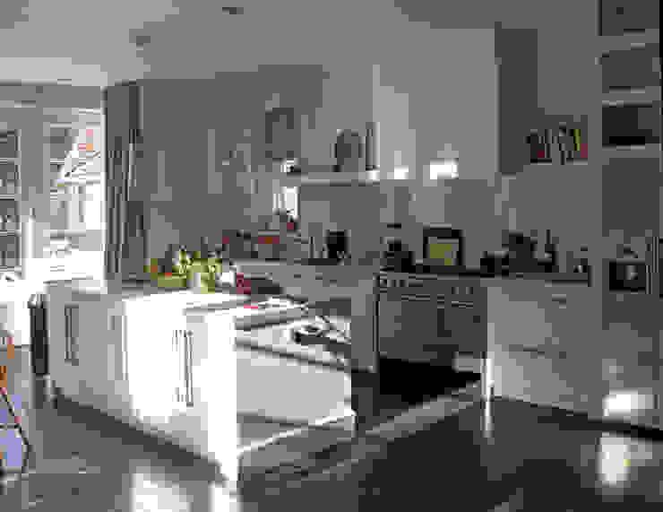 Cocinas de estilo  de Snellen Architectenbureau