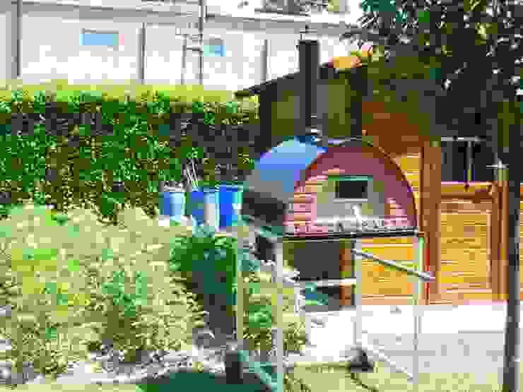 Forno Pizza Party Pizzone: il forno a legna da 4 pizze - Utilizza il tuo nuovo forno a legna per pizza arrosti pane e dolci Genotema SRL Unipersonale Giardino in stile mediterraneo