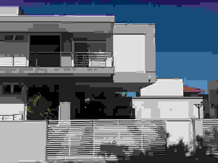 모던스타일 주택 by PJV Arquitetura 모던