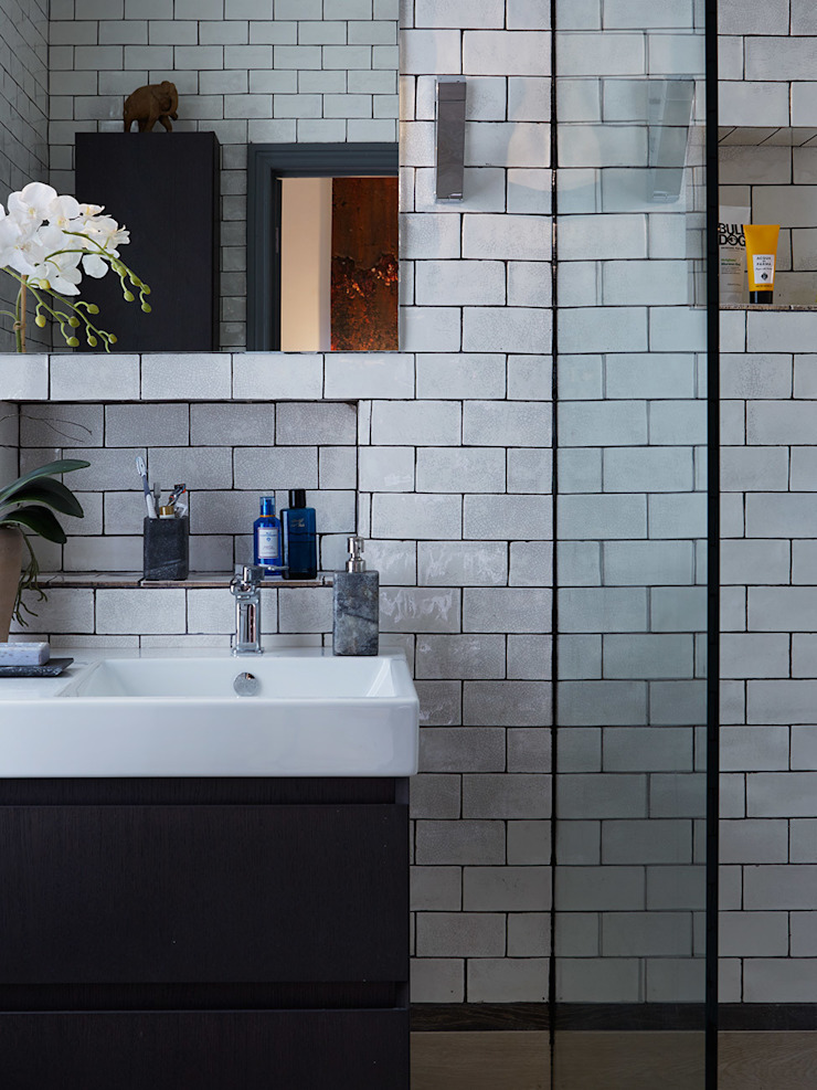 ENSUITE WETROOM Salle de bain originale par IS AND REN STUDIOS LTD Éclectique
