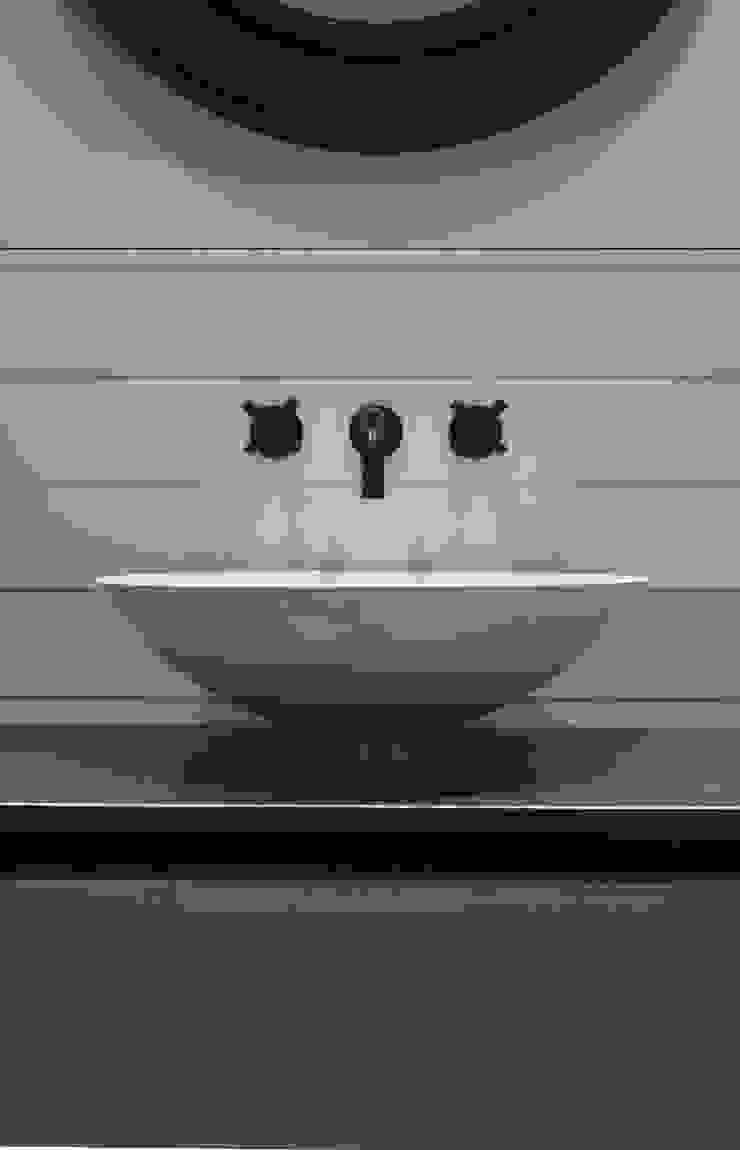 Dr. Schmitz-Riol Planungsgesellschaft mbH BathroomSinks
