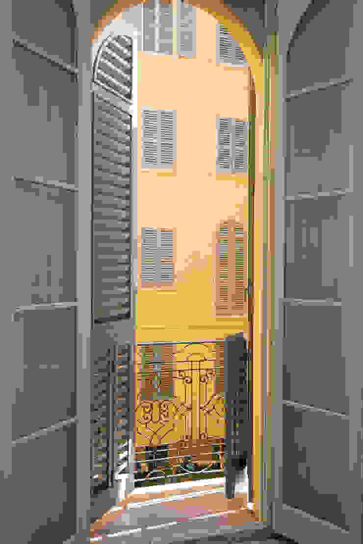 Klasyczne okna i drzwi od Doser S.p.A. Klasyczny