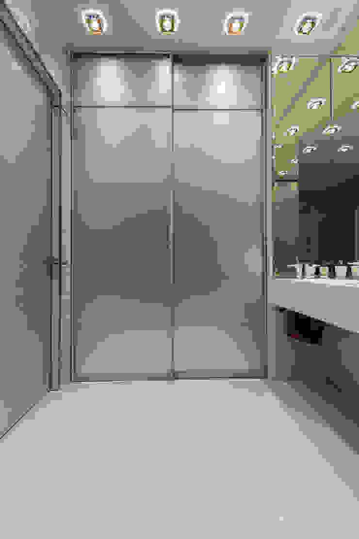 Квартира в ЖК Аэробус Ванная комната в стиле минимализм от JulyAlex Минимализм