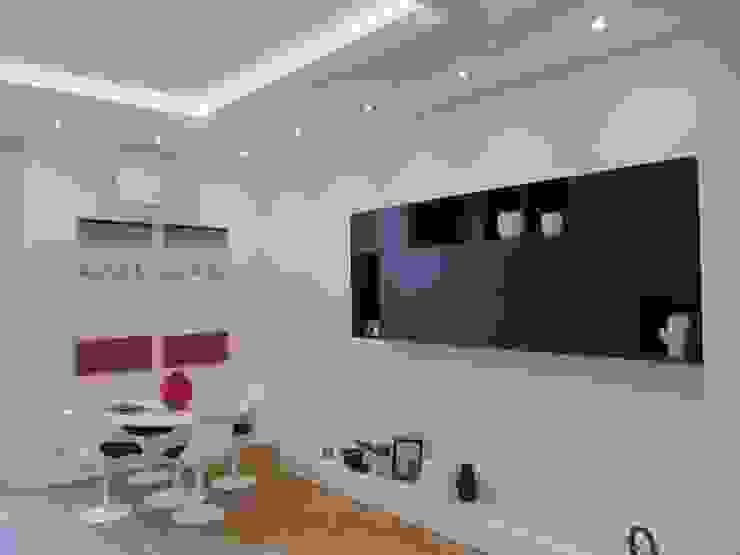 Progetto appartamento in Milano - 2015 Soggiorno moderno di Cozzi Arch. Mauro Moderno