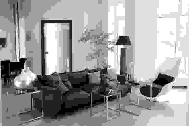 Salones de estilo minimalista de Дизайн-студия Евгении Ансимовой 'AeHome' Minimalista