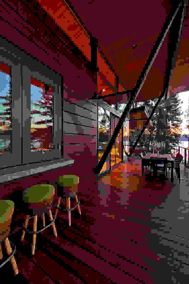 Coeur D'Alene Residence โดย Uptic Studios โมเดิร์น