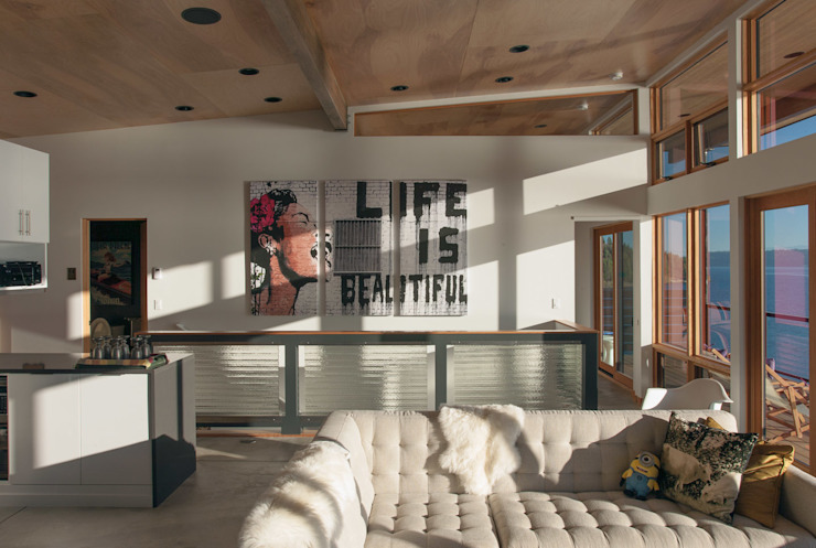 Camp Hammer Modern living room by Uptic Studios Modern