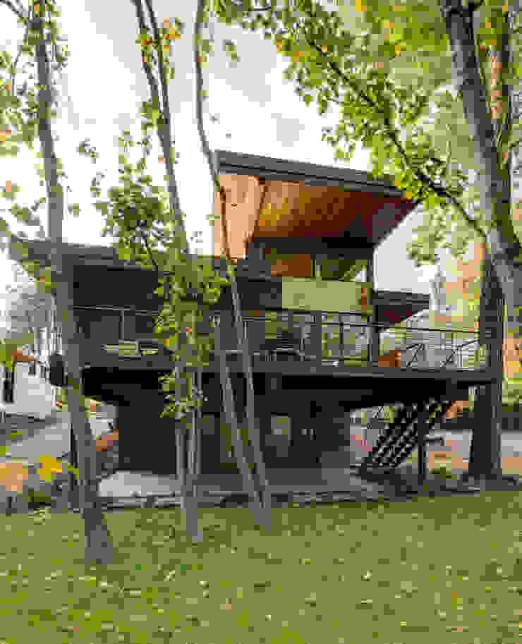 Denver Street Lot 7 Дома в стиле модерн от Uptic Studios Модерн
