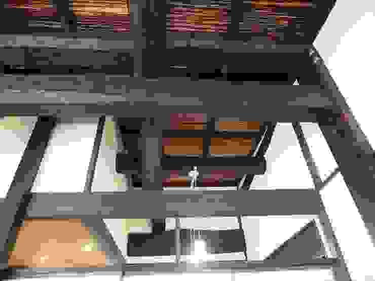 竹すのこ天井: 土公建築・環境設計室   DOKO Archtecture & Environmental Designsが手掛けたクラシックです。,クラシック