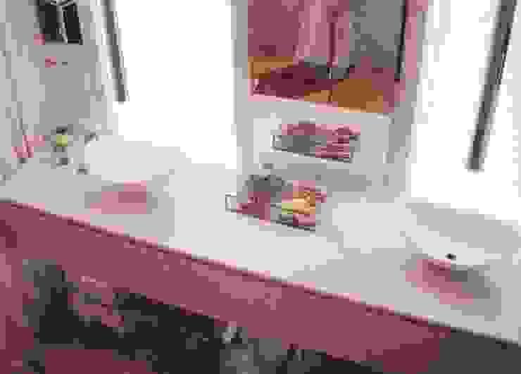 Banheiro do Casal Banheiros modernos por Renata Manhães Arquitetura Moderno