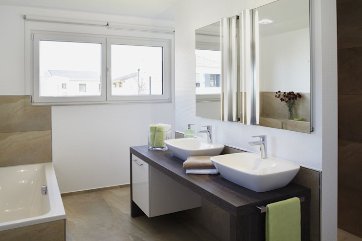 Modern bathroom by RENSCH-HAUS GMBH Modern