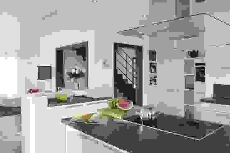 Cocinas de estilo  por RENSCH-HAUS GMBH, Moderno