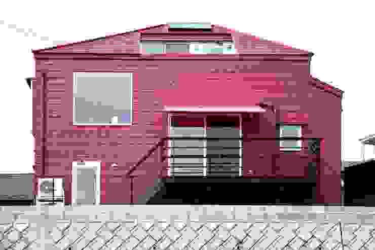 YNGH 吉野の小さな廻る家 モダンな 家 の 太田則宏建築事務所 モダン