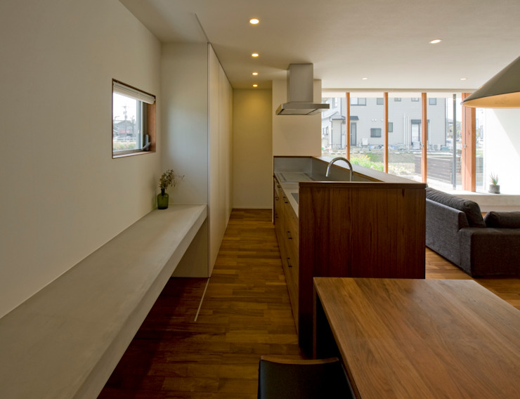 Modern style kitchen by 浦瀬建築設計事務所 Modern