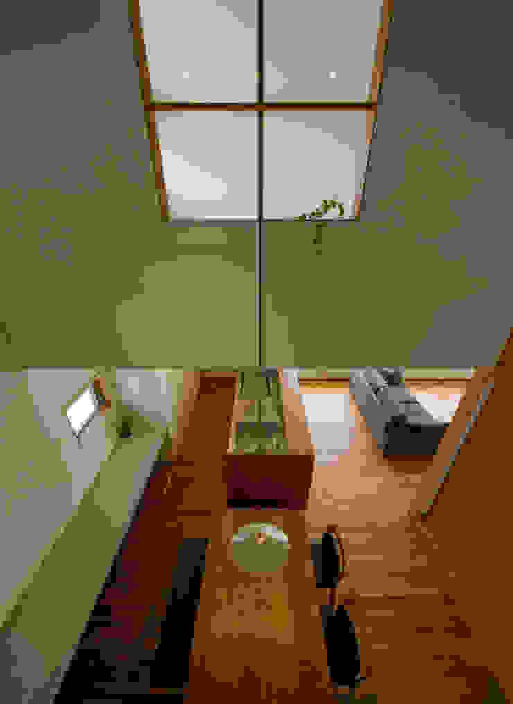Modern dining room by 浦瀬建築設計事務所 Modern
