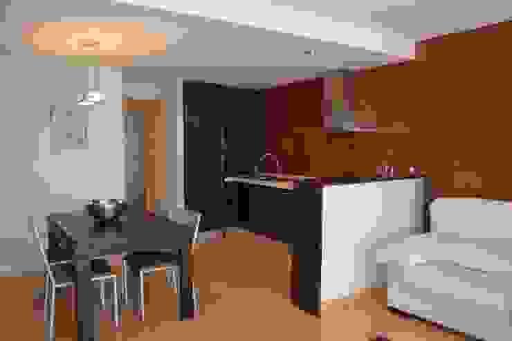Zona Cocina reformada de 4RQ Ingeniería y Arquitectura Mediterráneo