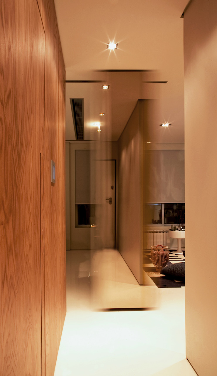 Closet House Corredores, halls e escadas modernos por Consexto Moderno