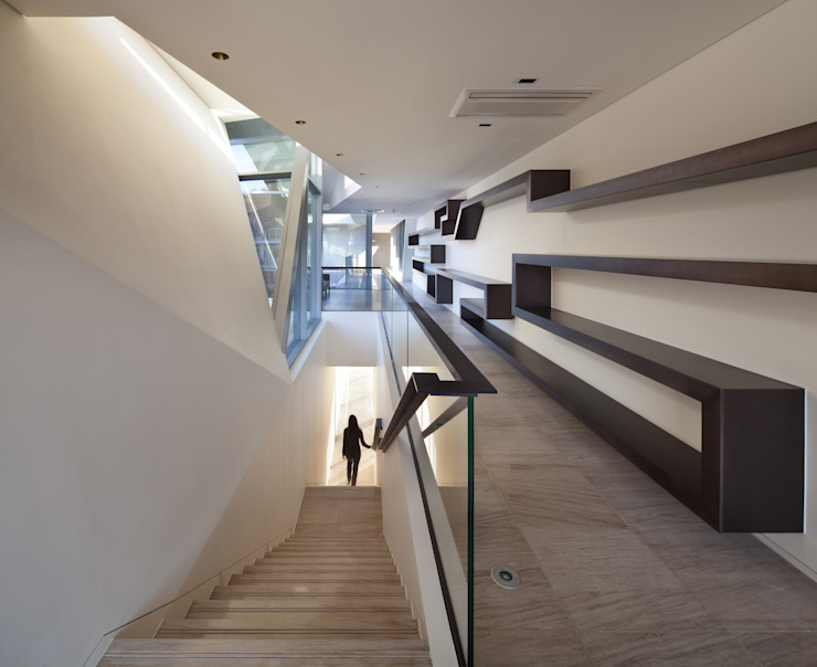 Guesthouse Rivendell KWAK, HEESOO [IDMM Architects] 모던스타일 복도, 현관 & 계단