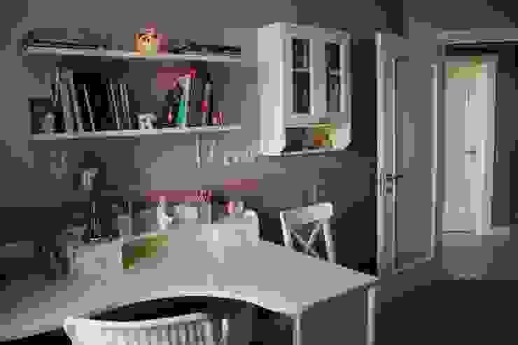 TOPOS Classic style nursery/kids room