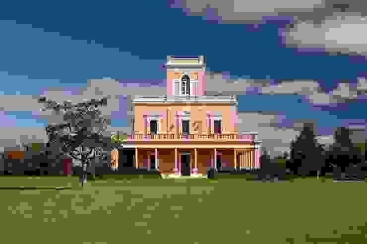 Estudio Sespede Arquitectos Classic style houses