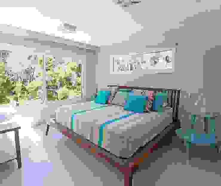 غرفة نوم تنفيذ Estudio Sespede Arquitectos, حداثي