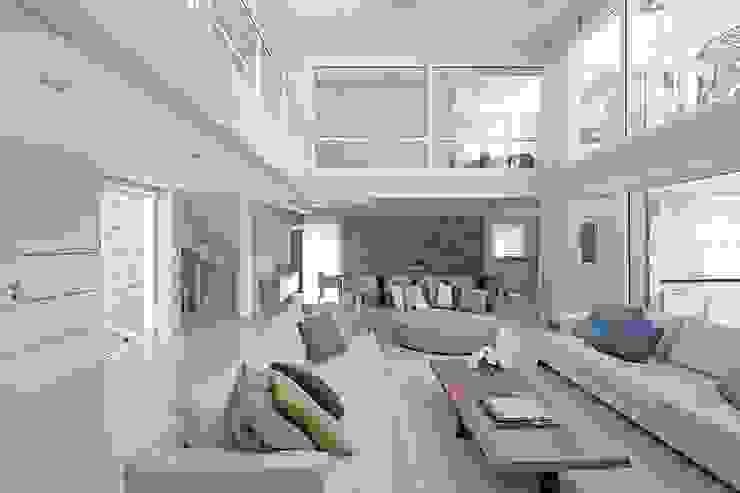 Cariló Livings modernos: Ideas, imágenes y decoración de Estudio Sespede Arquitectos Moderno