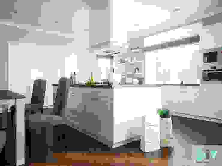 Дизайн интерьера коттеджа в неоклассическом стиле Кухня в классическом стиле от дизайн интерьера DiV Классический
