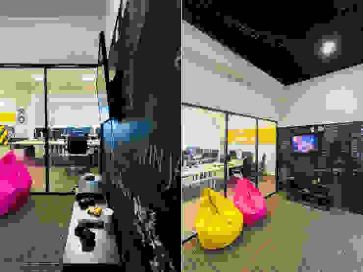 Levi9 Медиа комната в стиле лофт от 27Unit design buro Лофт