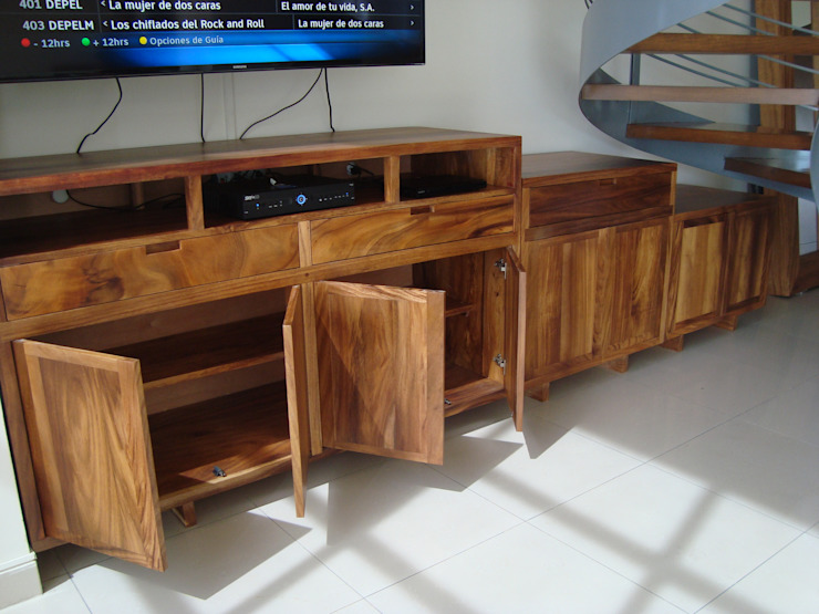 FLO Arte y Diseño Living roomTV stands & cabinets