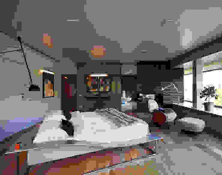 Загородный дом Подмосковье Спальня в эклектичном стиле от Анахина Эклектичный