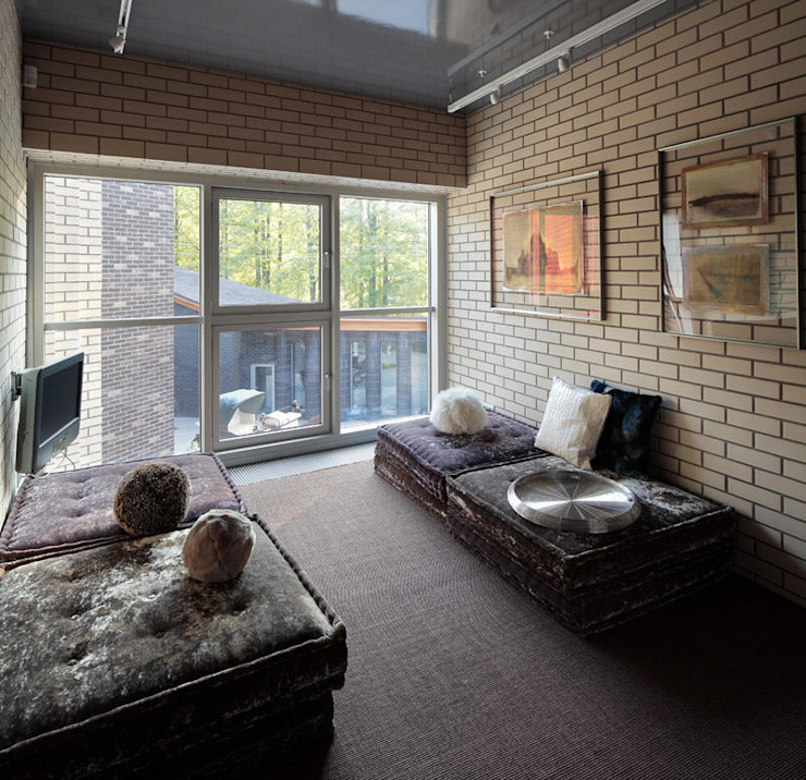 Загородный дом Подмосковье Медиа комнаты в эклектичном стиле от Анахина Эклектичный