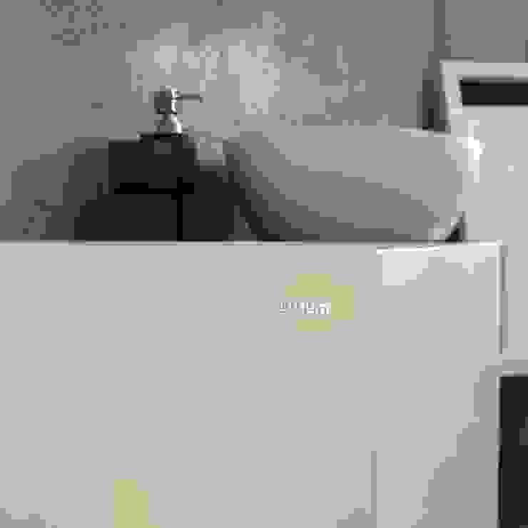 Nablatowa umywalka od Luxum Nowoczesna łazienka od Luxum Nowoczesny