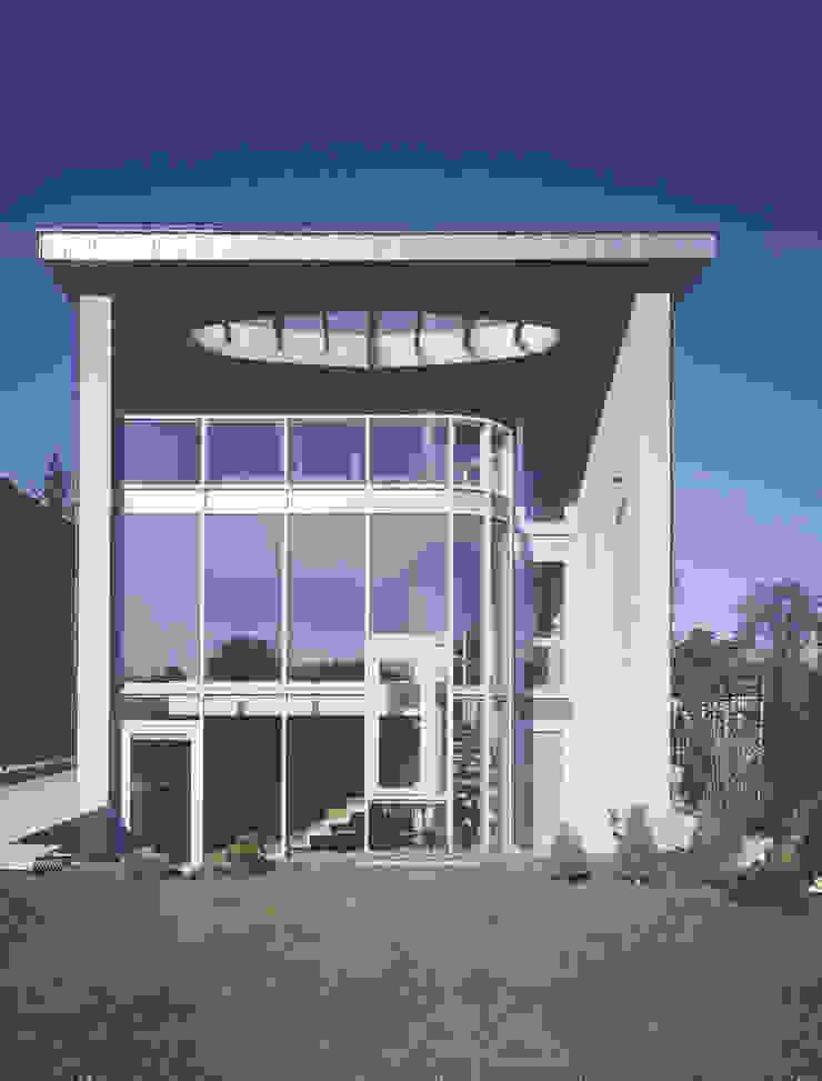 elewacja ogrodowa Nowoczesne domy od Atelier Loegler Architekci Nowoczesny